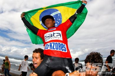 Messias Felix Wins the ASP 6-Star SATA Airlines Azores Pro