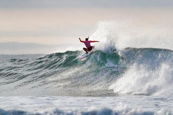 Rip Curl Women's Pro Bells Beach Opens with Big Performances