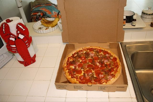 Man Cave Review : Aloha pizza review party at kapn bone's man cave brevard county