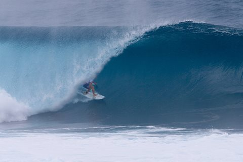 Final Day of Volcom Pipe Pro Called on in Firing Barrels