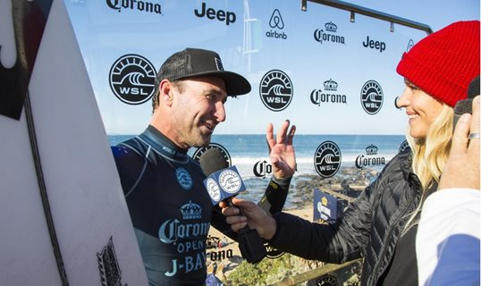 Parko Hands Over Jersey After Final J-Bay Heat