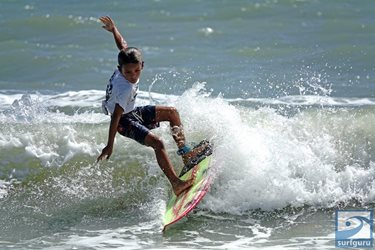 Gnarly Charley Surf Series contest 4